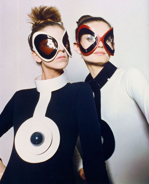 Sputnik-Design-London-Pierre-Cardin-Space-Age